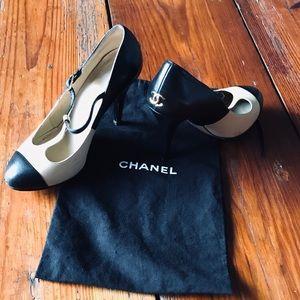 Chanel logo strap heels shoes 2 tone tan black 6